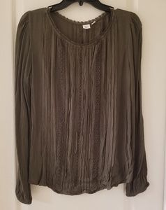M Gap blouse